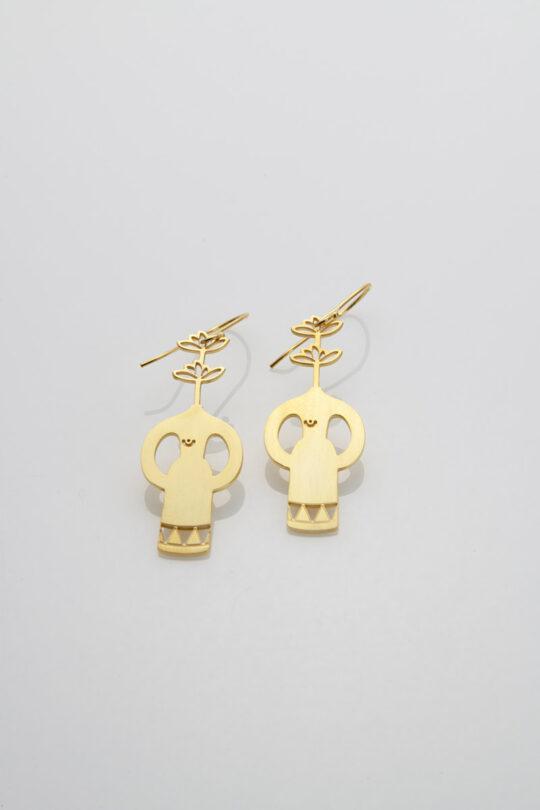 gold earing 2