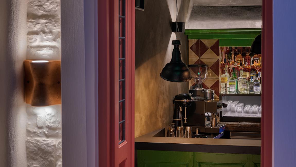 theosis bar